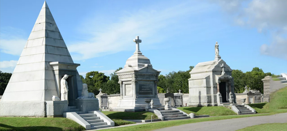 Strange Tombs and Cemeteries in New Orleans