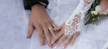 Do You Know Why the Wedding Ring Is Worn on the Fourth Finger?