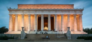 Take up the Lincoln Memorial Quiz to Know American History