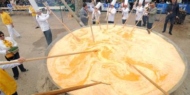 Biggest Eater Omelette